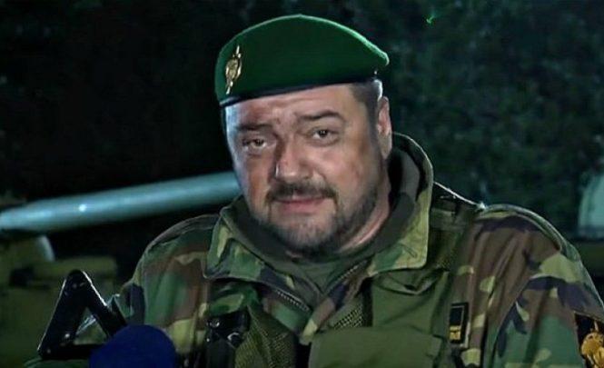 """Pukla nova bruka u """"Generalu"""": Gucci torbica u kadru pokraj Gorana Navojca!"""