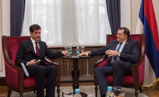 Dodik nakon sastanka s Nelsonom: Tvrdi da mu je ambasador SAD-a prijetio!