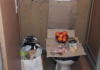 Živi u WC-u na baušteli usred Beča