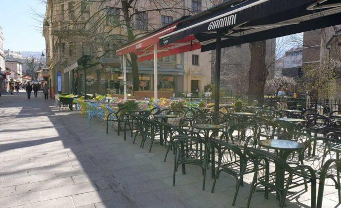 Sarajevo: Naređeno hitno uklanjanje ugostiteljskog inventara sa javnih površina